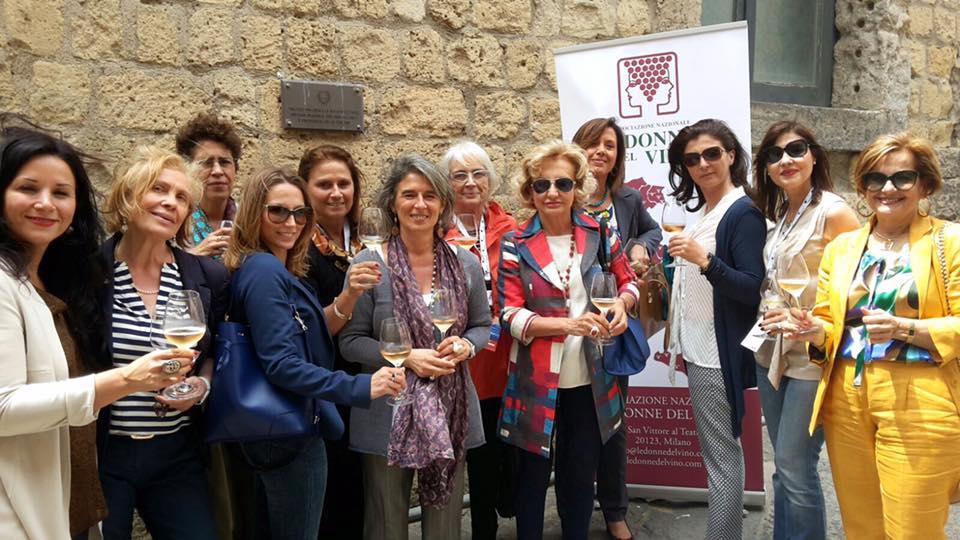 Napoli Donne del vino della Campania