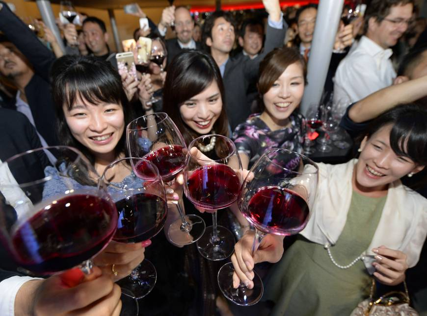 Donne e vino in Giappone