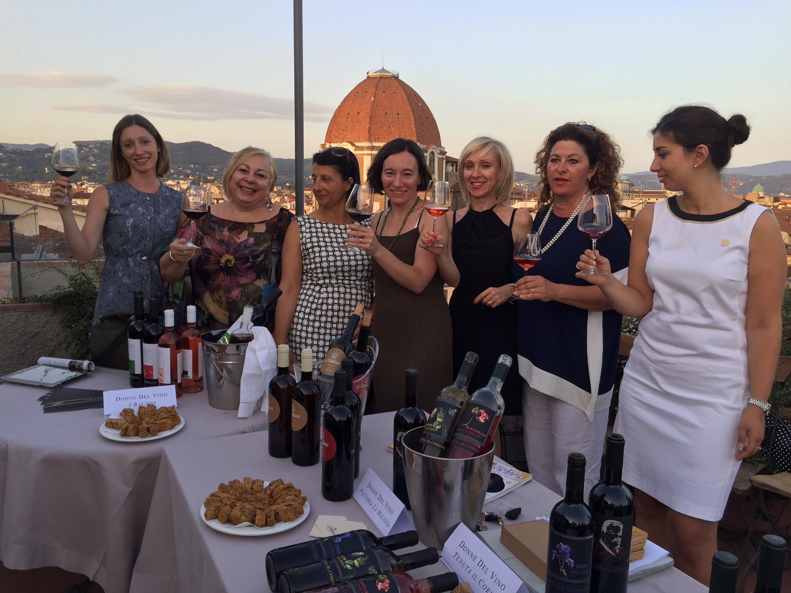 Donne del Vino della Toscana a God Save the Wine