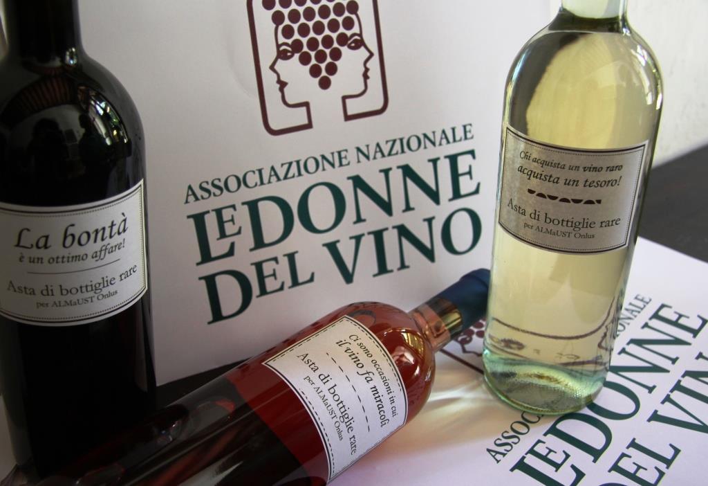Premio-a-Vincenzo-Rapisarda-e-asta-di-bottiglie-delle-Donne-del-Vino