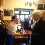 Gabriella Cottali stringe la mano al Presidente Mattarella