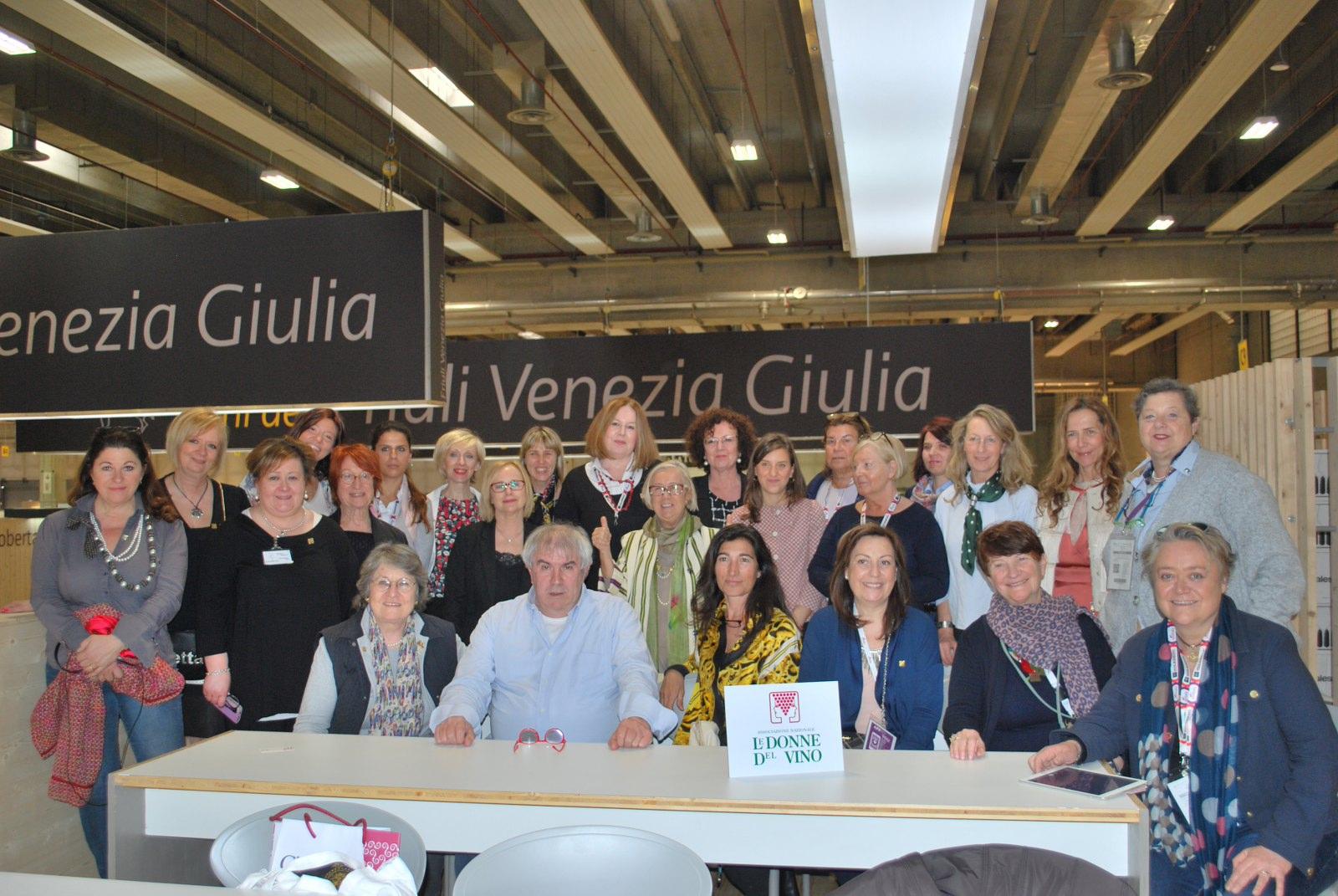 """VINITALY 2019. """"Vino Donne Design…in vigne…tte"""" Friuli Venezia Giulia con il vignettistaValerio Marini. 10 Aprile 2019"""