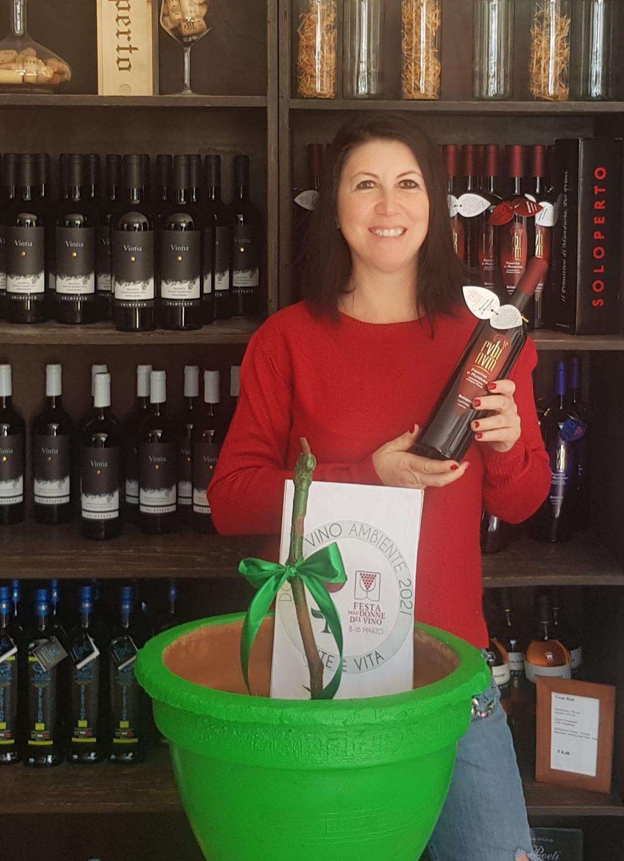 """""""Vite è Vita"""" festa delle Donne del Vino Puglia marzo 2021"""